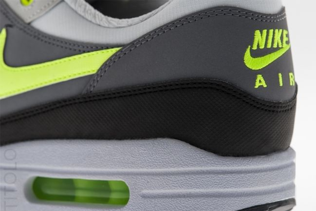nike-air-max-1-dust-grey