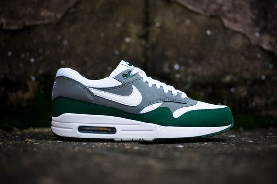 nike-air max 1-essential-gorge green