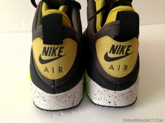 nike-air-max-90-mid-no-sew-black-olive-volt-5-570x427