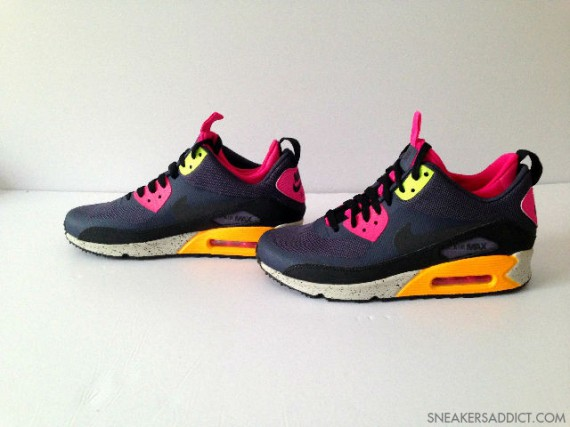 nike-air-max-90-mid-no-sew-black-pink-orange-2-570x427