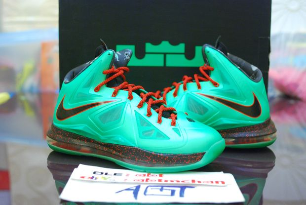 nike-lebron-x-jade-special-edition_09