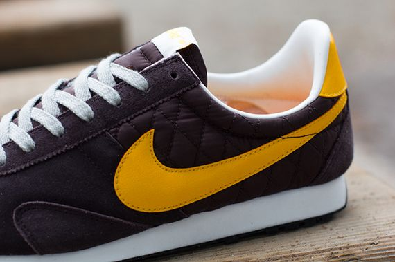 nike-pre montreal racer-brown-laser orange