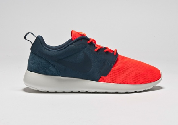 nike-roshe-run-hyperfuse-quickstrike-collection-2