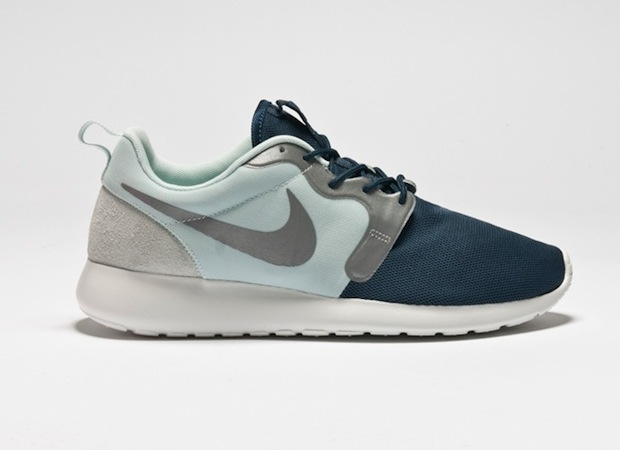 nike-roshe-run-hyperfuse-quickstrike-collection-3