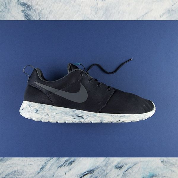 nike-roshe-run-marble-pack_result