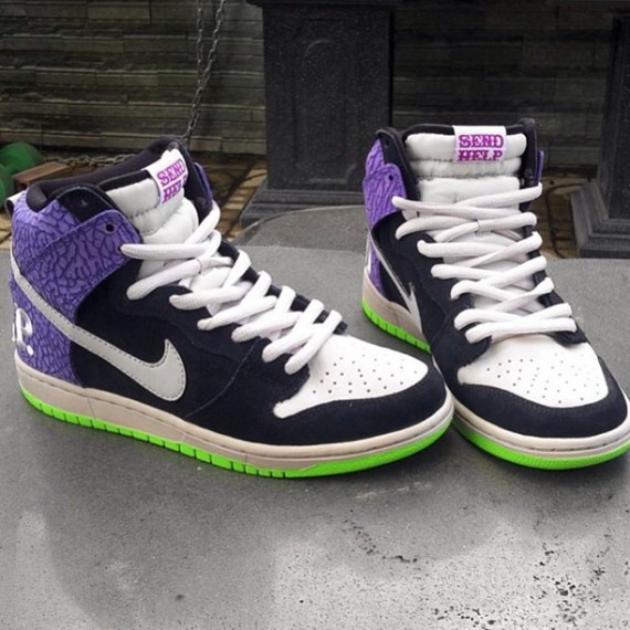 nike-sb-dunk-high-send-help-2013-02-570x570