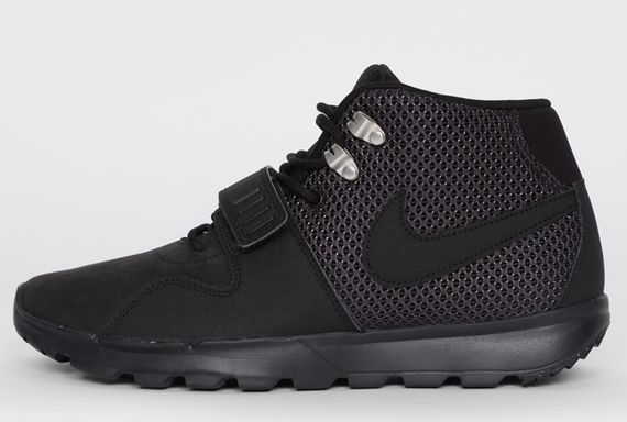 nike sb-trainerendor-blackout_05