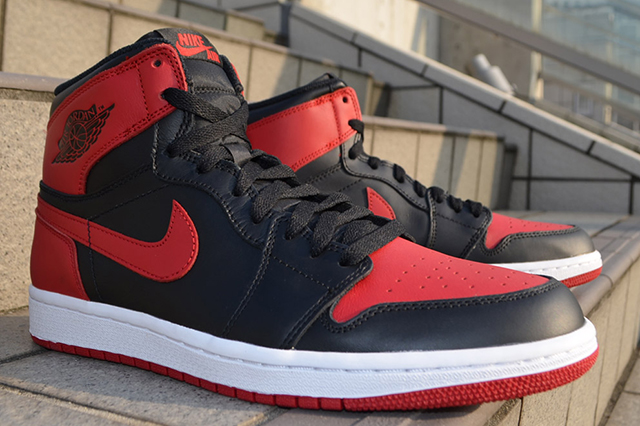AIR-JORDAN-1-HIGH-OG-BRED-2