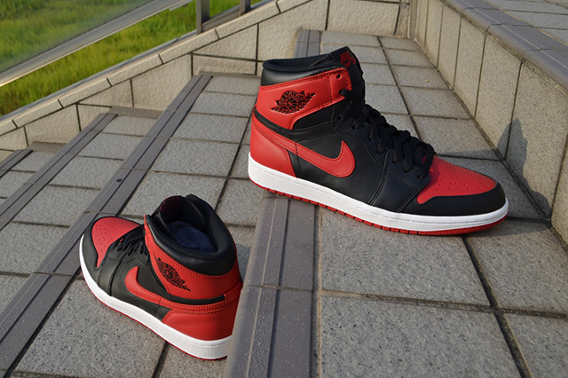 AIR-JORDAN-1-HIGH-OG-BRED-6