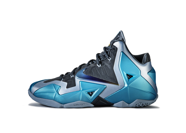 Ho13_BB_LeBron11_616175_401_lat_large