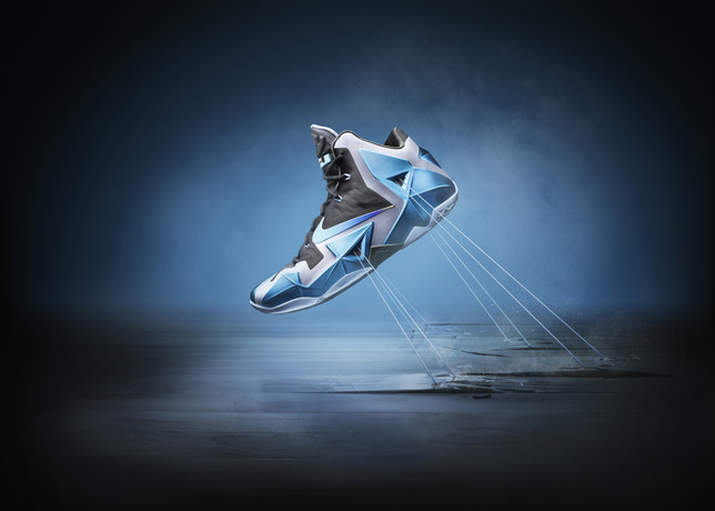 Ho13_BB_Lebron11_Product_Gamma_V1_large