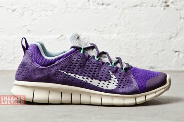 NIKE-FREE-POWERLINES-II-LTR-PURPLE-DYNASTY-GEYSER-GREY-4-640x426_result