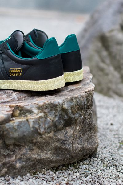 adidas-gazelle og-black-teal_02