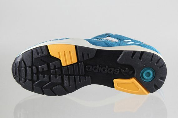 adidas-tech super-blue hero-legend ink_03