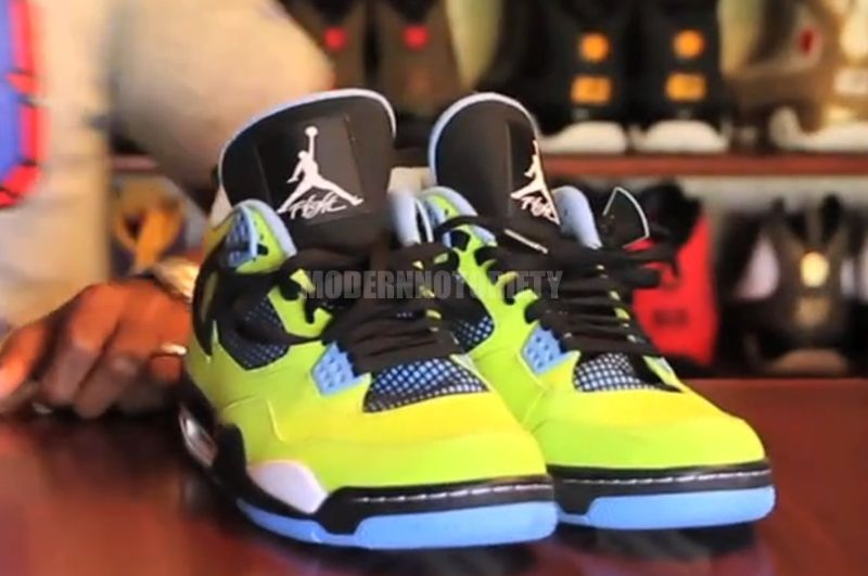 air-jordan-4-volt-blue