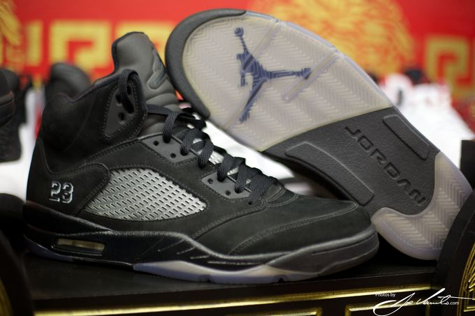 air-jordan-5-blackout_02_result