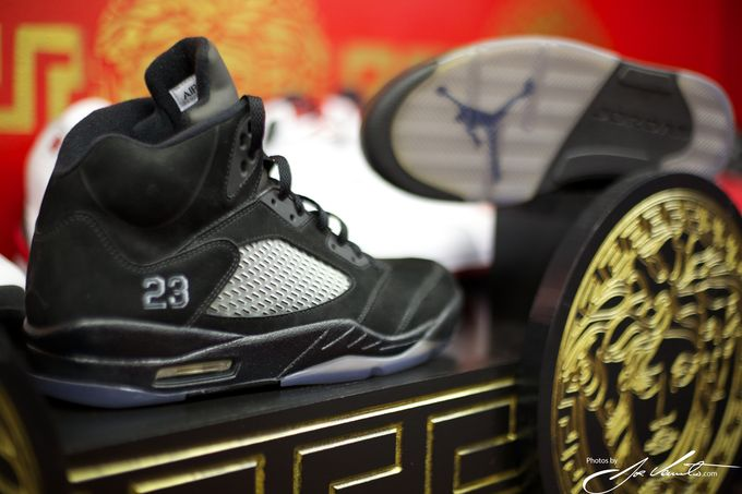 air-jordan-5-blackout_result