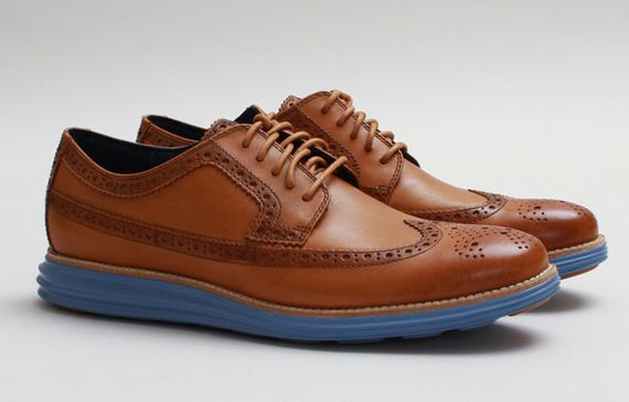 cole haan-lunar grand long wingtip-camello