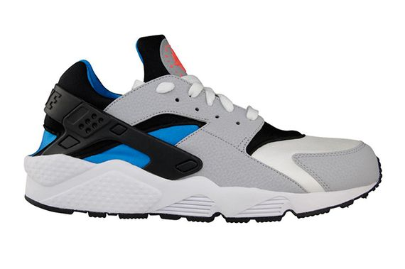 nike-air huarache-blue hero-black