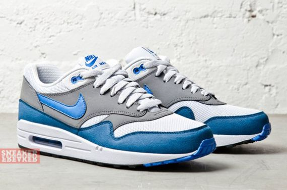 nike-air max 1-essential-prize blue_03