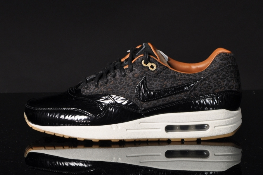 nike-air-max-1-fb-leopard-black-patent-leather-05
