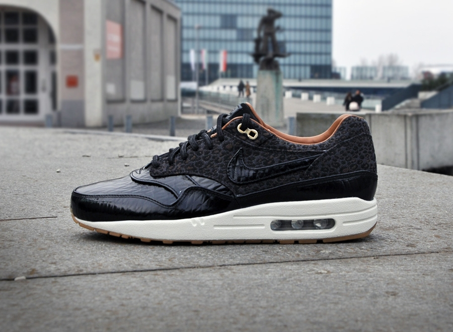 nike-air-max-1-fb-leopard-black-patent-leather