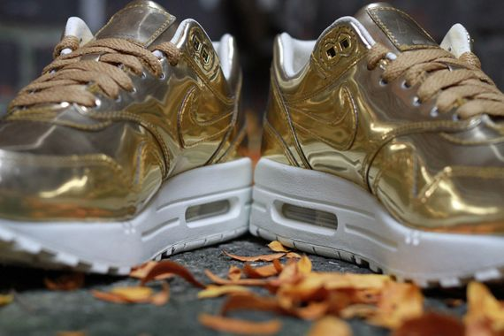 nike-air max 1-wmns-liquid gold_03