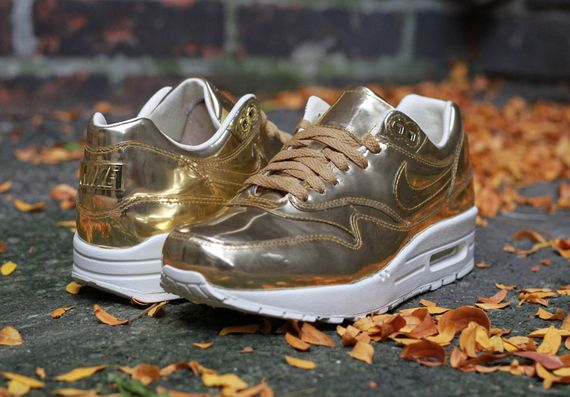 nike-air max 1-wmns-liquid gold_05