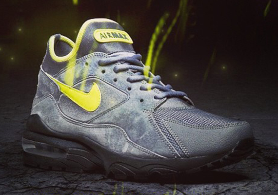 nike-air-max-93-volt-size-exclusive