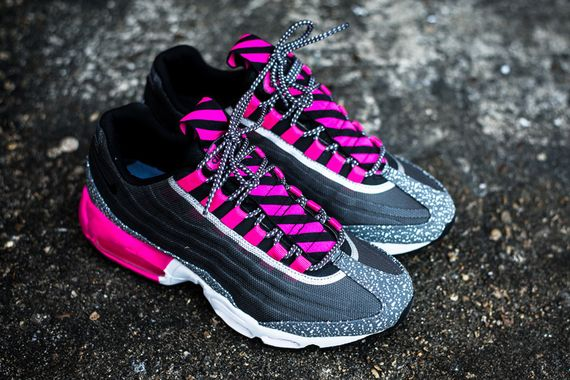 nike-air max 95 tape-midnight fog-pinkfoil_07