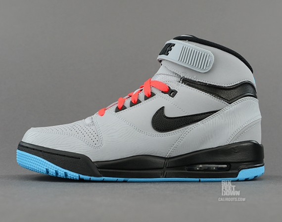 nike-air-revolution-silver-black-red-6-570x449
