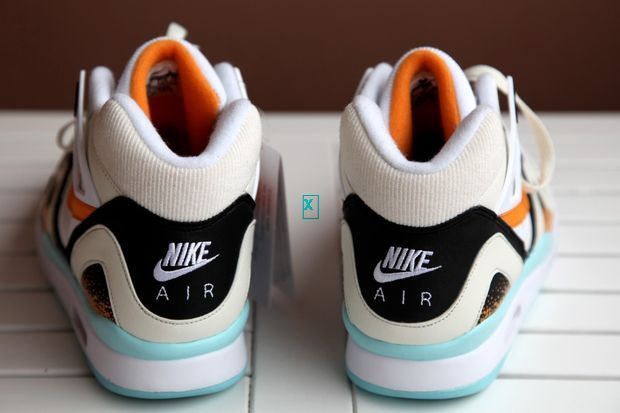nike-air-tech-challenge-ii-kumquat_02_result_result