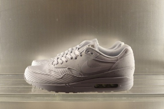 nike-grey-ones-pack-release-date-03-570x380