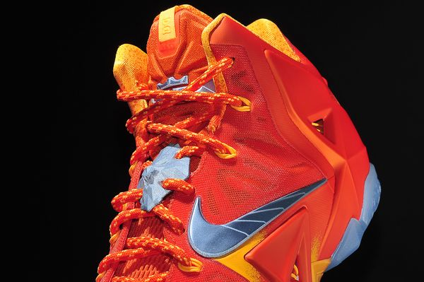 nike-lebron-11-forge-iron-5
