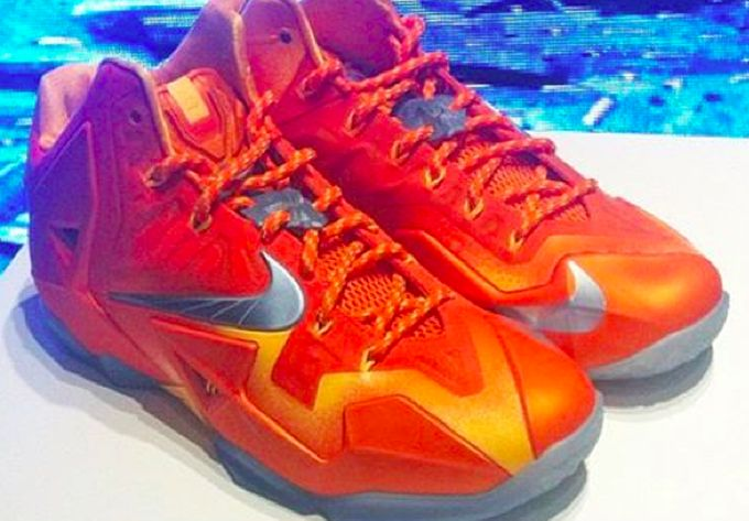 nike-lebron-11-orange-silver_02_result