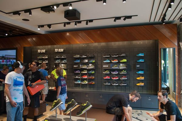 nike-running-bucktown-new-store_05_result