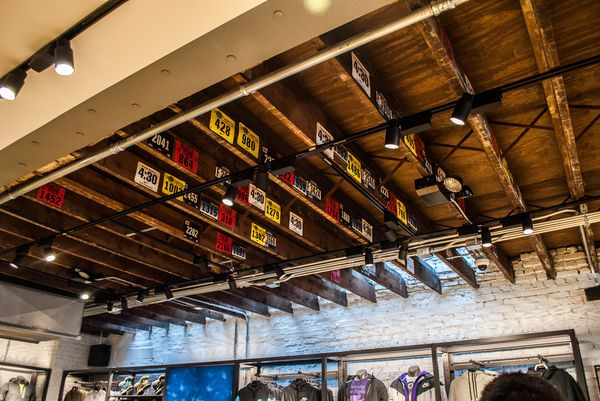 nike-running-bucktown-new-store_08_result