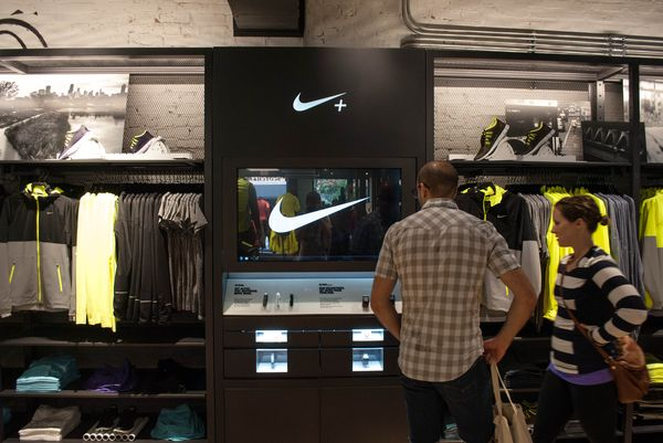 nike-running-bucktown-new-store_09_result
