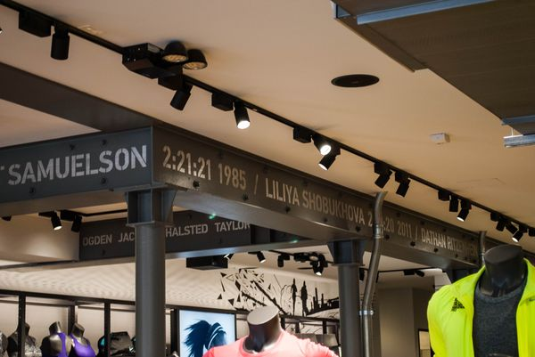 nike-running-bucktown-new-store_16_result