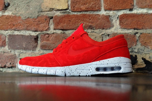 nike-stefan-janoski-max-light-crimson-preview