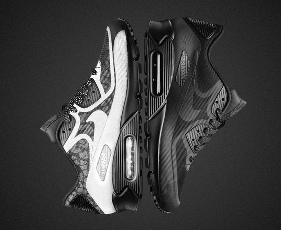 nike-wmns-air max tape-black reflective
