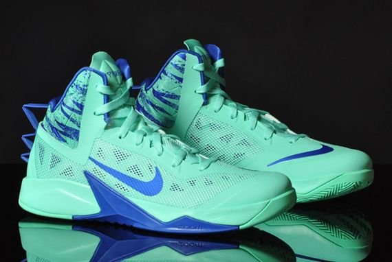 nike zoom-hyperfuse-green glow-game royal_02