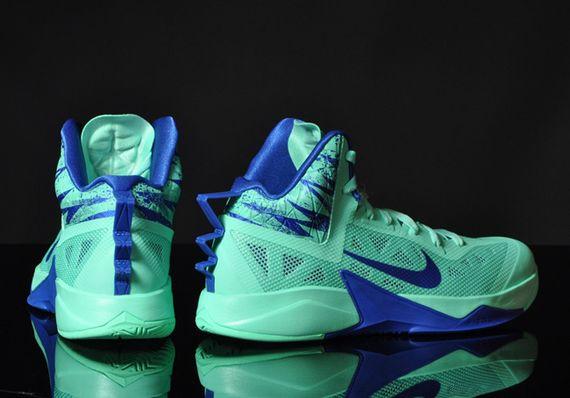 nike zoom-hyperfuse-green glow-game royal_04