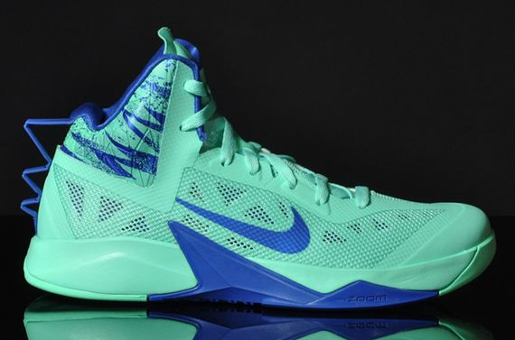 nike zoom-hyperfuse-green glow-game royal_05