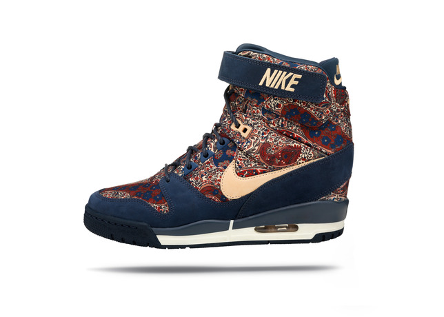 nike_air_revolution_sky_hi_04_large