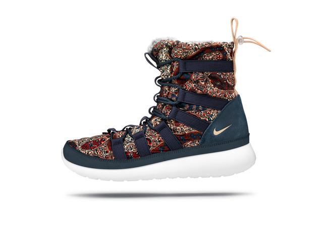 nike_roshe_run_hi_sneakerboot_08_large