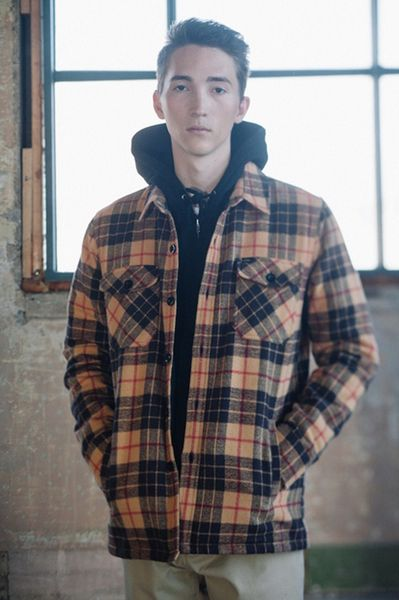 obey-holiday 2013_05