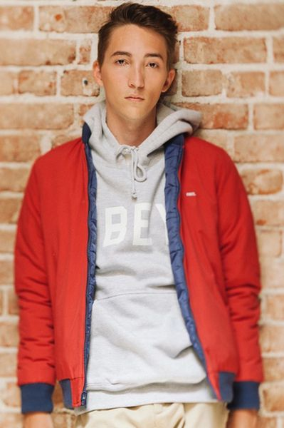 obey-holiday 2013_15