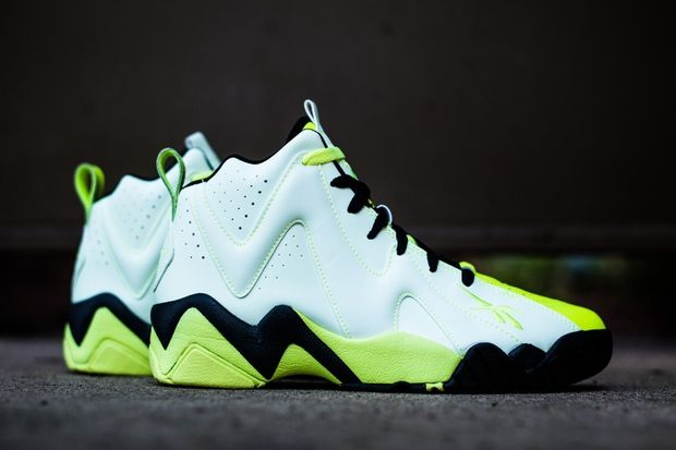 reebok-kamikaze-ii-glow-in-the-dark-07