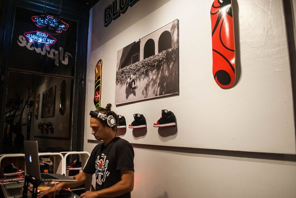 uprise-chicago-nike-sb-release-party-event_22_result